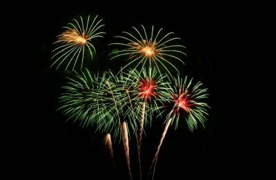 Auch ein Großfeuerwerk ist für ein Betriebsfest geeignet, um Mitarbeiter oder Gäste zu beeindrucken