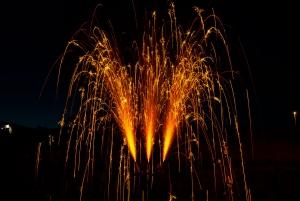 Vulkane, Fontaenen und andere Sprueheffekte sollten in einem Hochzeitsfeuerwerk auf keinem Fall fehlen, und koennen ebenfalls online gekauft werden.