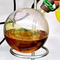 Das durch Extraktion gewonnene Duftöl aus Funke Böller